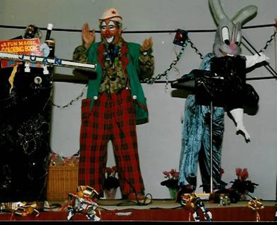 clown a domicile aubagne aix en provence toulon marseille anniversaire pour enfants 13. Black Bedroom Furniture Sets. Home Design Ideas